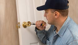 Pasadena emergency locksmith
